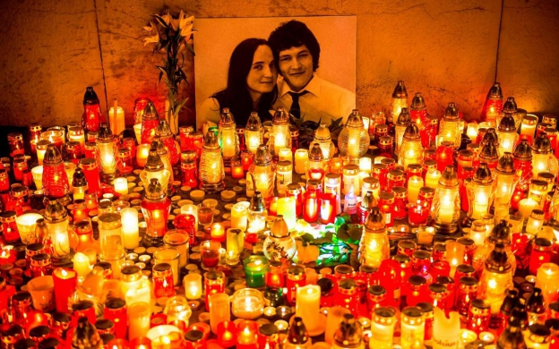 Candle lit memorial for Jan Kuciak and fiance