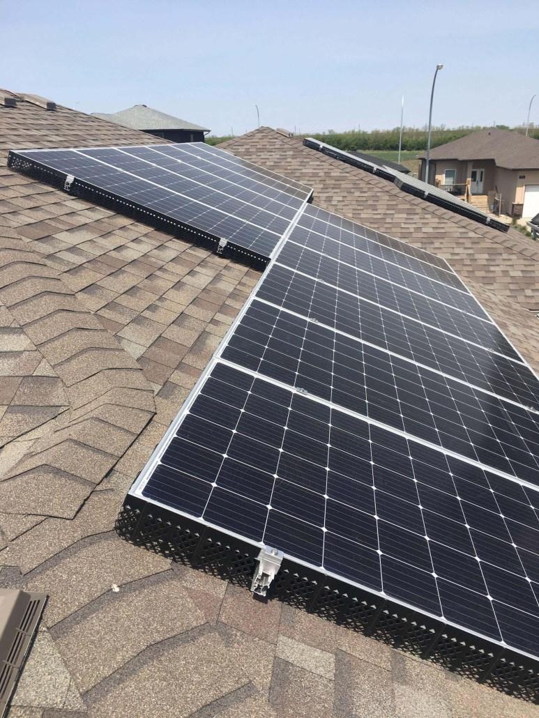 solar panels in yqr