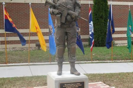 female soilder statue