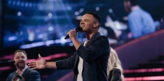 Tauren Wells Releases Acoustic Video of Famous For (I Believe)