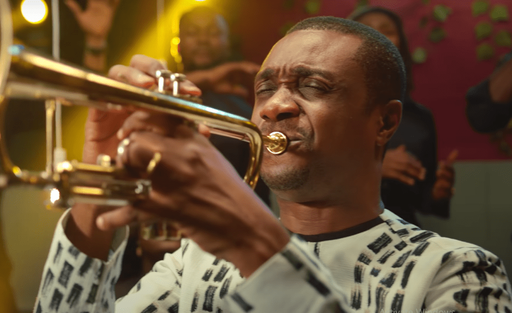 Nathaniel Bassey - Righteous One (Ft. Victoria Orenze)