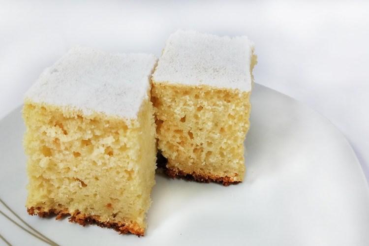 Prăjitura cu chefir și gris