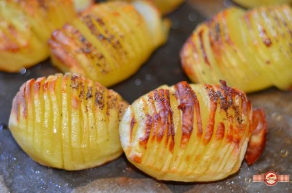 Cartofi hasselback cu pesto de leurda2