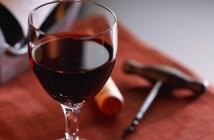 κόκκινο κρασί για το Πάσχα
