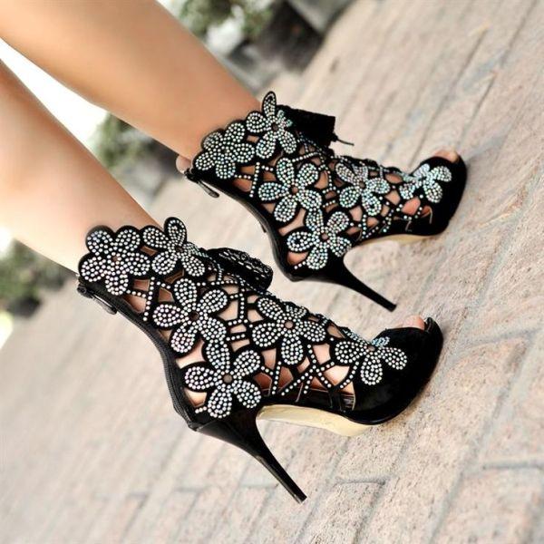 batai internetu