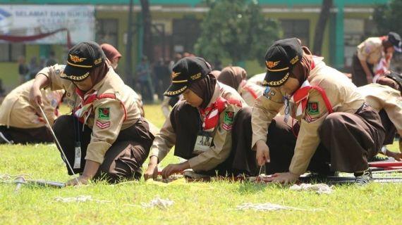 Meneladani Baden Powell