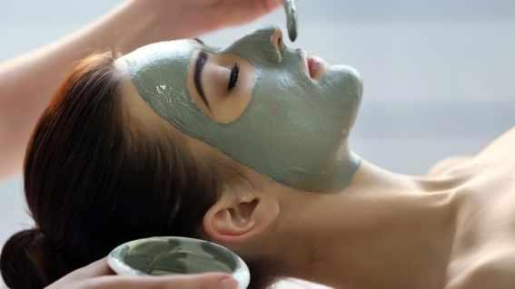 Face mask - Vi erbjuder också oljemassage i Malmö