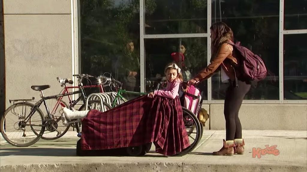 Girl Gets Her Broken Leg PULLED