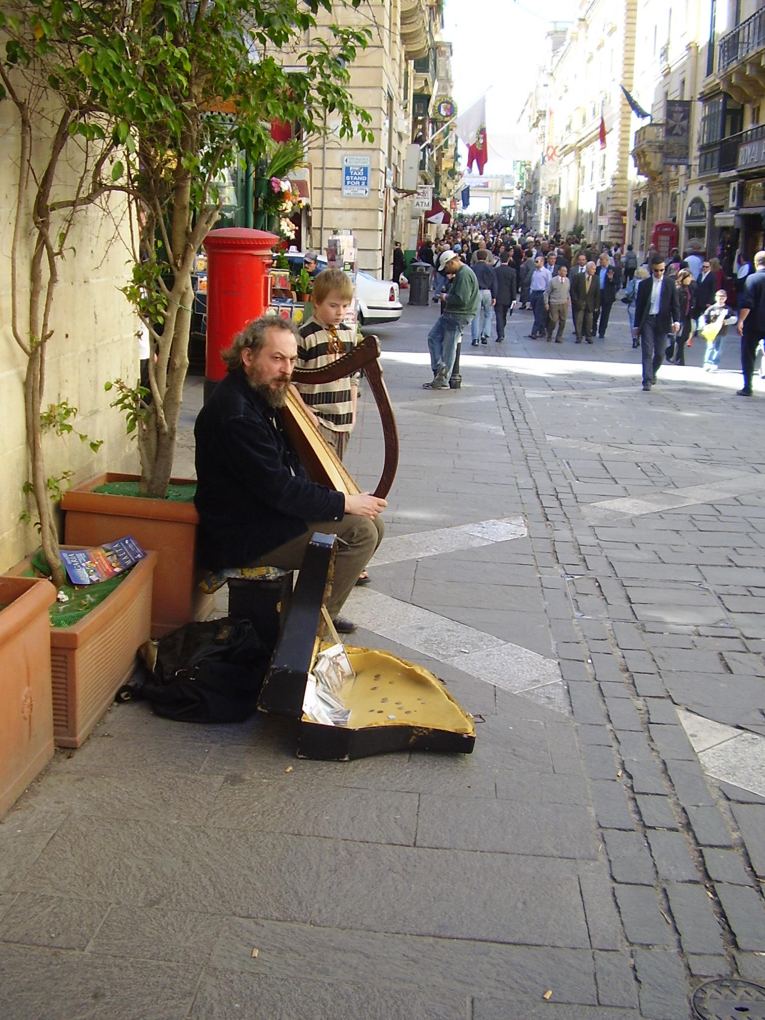Street musician-Valletta