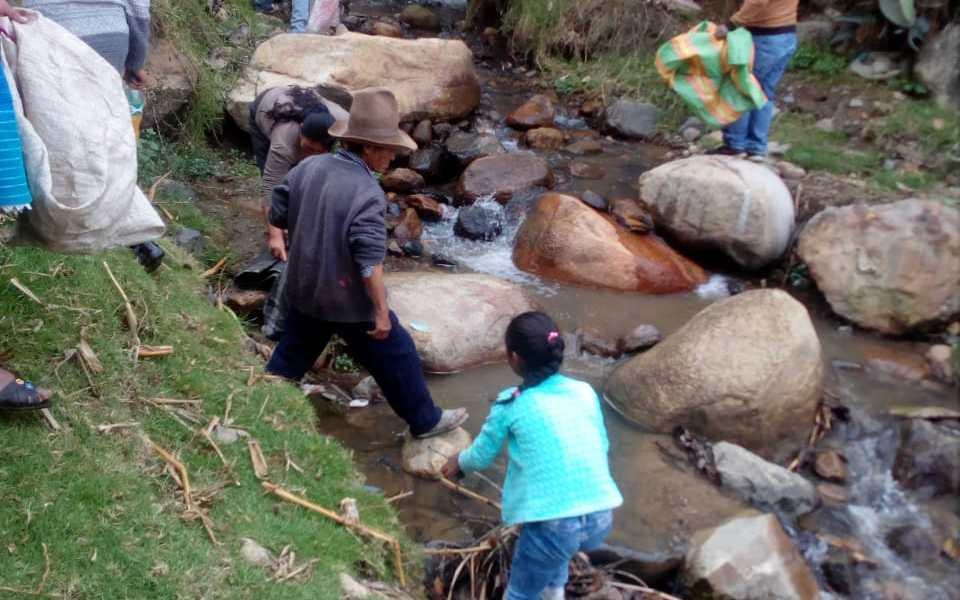 Iniciativa educativa recupera la sabiduría ancestral para el cuidado del río Mesayaku