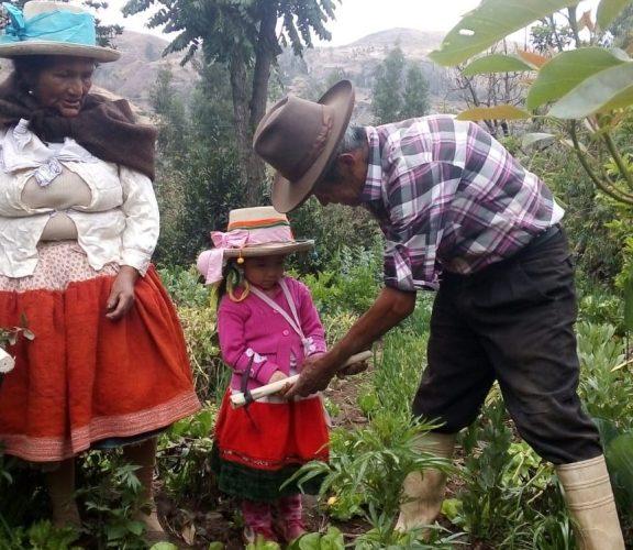 Bautizo de las herramientas agrícolas