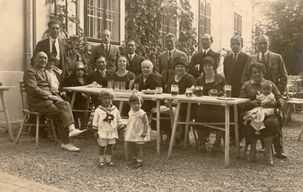 Familie Kobelkoff, Geburtstagsfeier