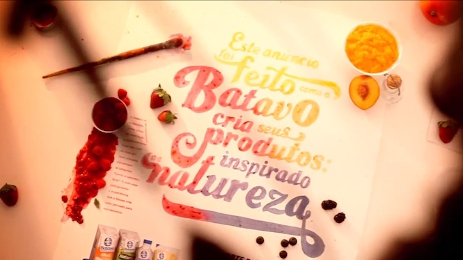 Batavo: Anúncio com tinta de frutas
