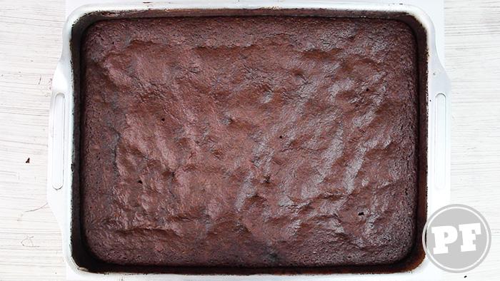 Como se faz: Bolo Básico de Chocolate Estilo Americano