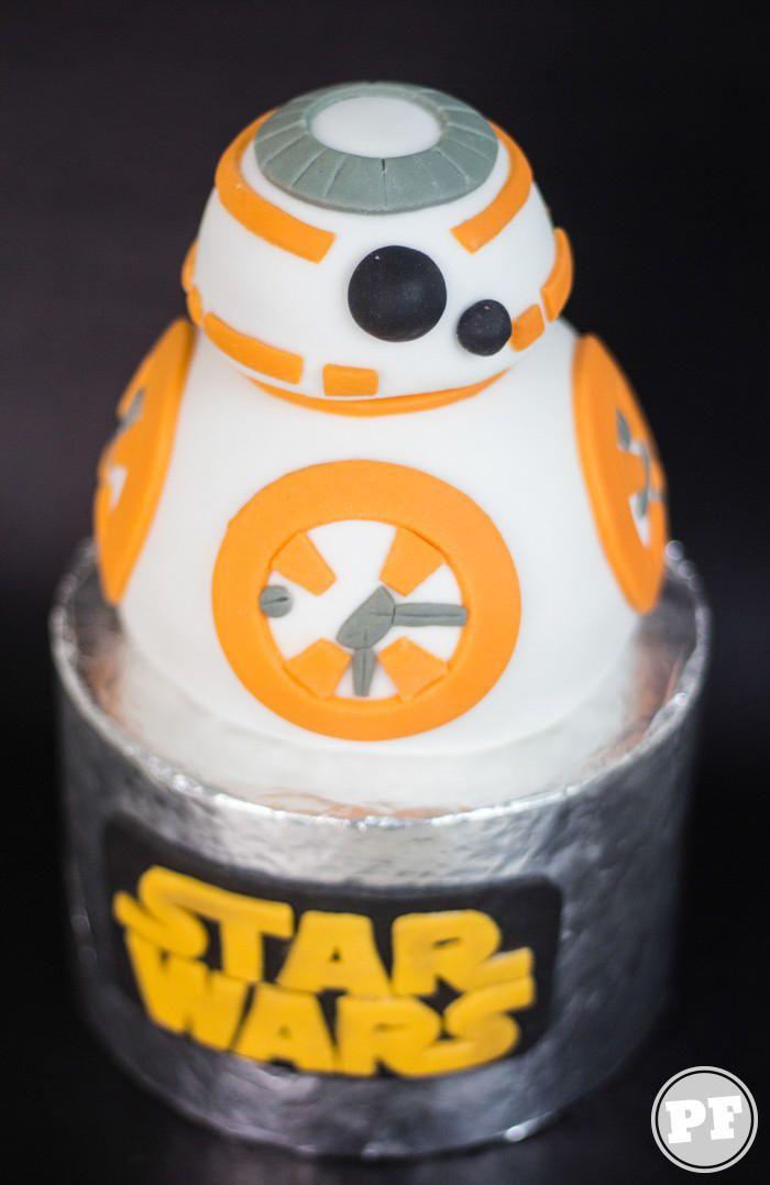 BB8 Cake: Bolo de StarWars
