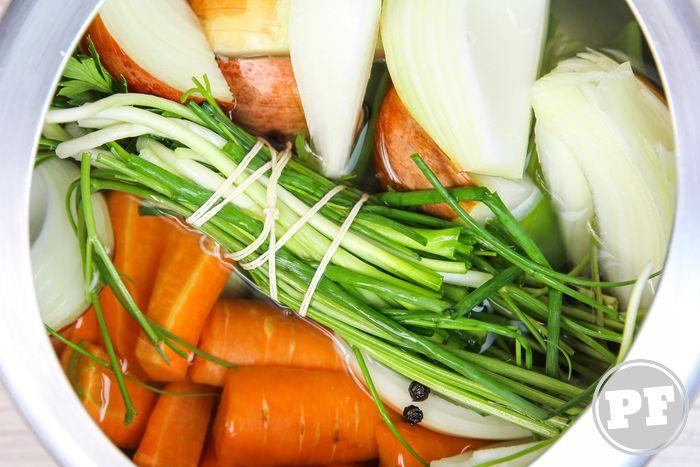 Como se faz: Caldo de Legumes na Pressão por PratoFundo.com