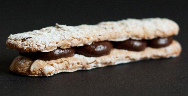 Dacquoise de Castanha e Chocolate: 4 Anos de PratoFundo