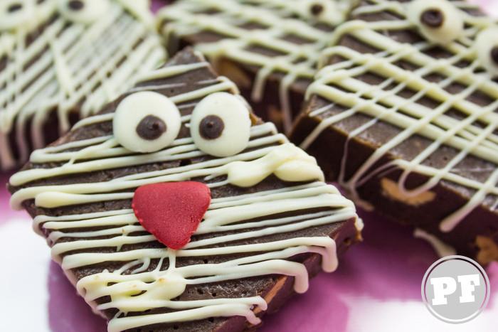 Múmias de Fudge de Chocolate e Pasta de Amendoim