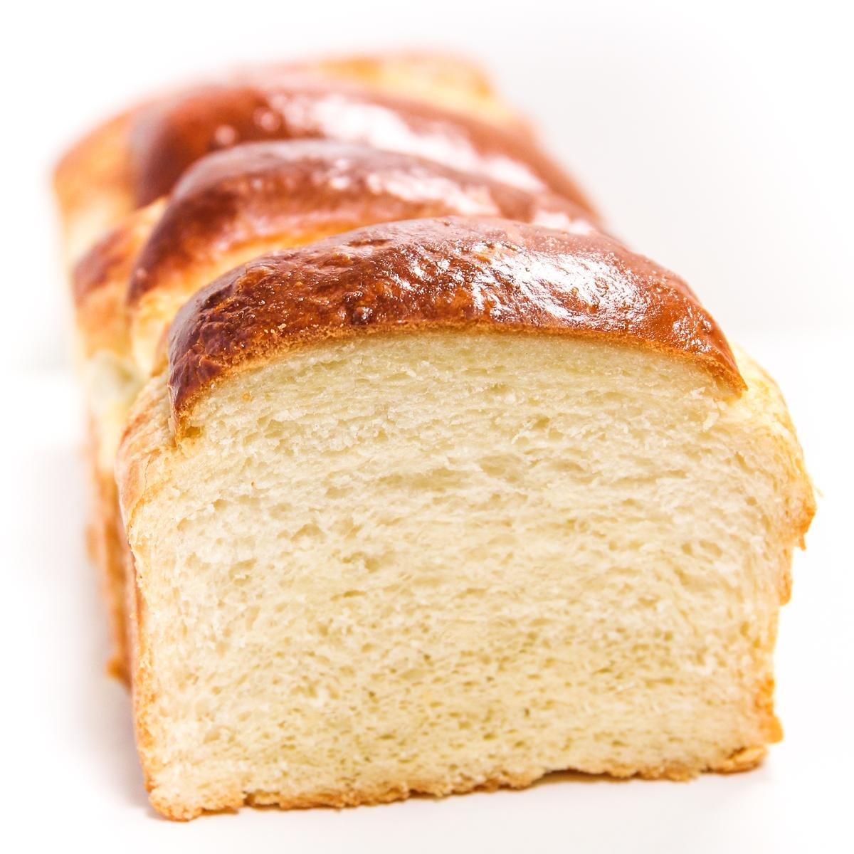 Pão de leite estilo Tangzhong Yukone mostrando o miolo