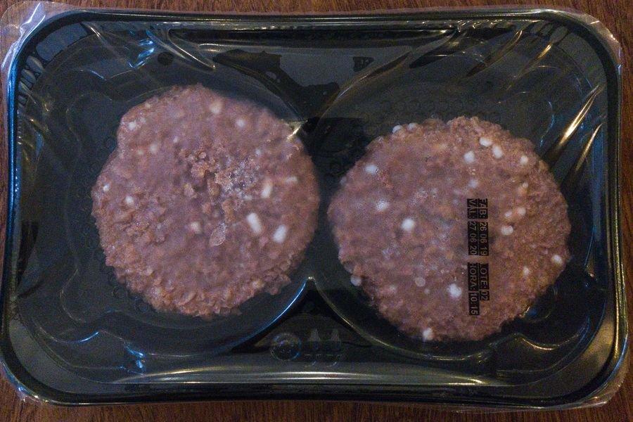 Bandeja com dois hambúrgueres do Futuro