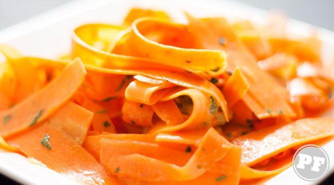 A Refeição em Família: Cenoura