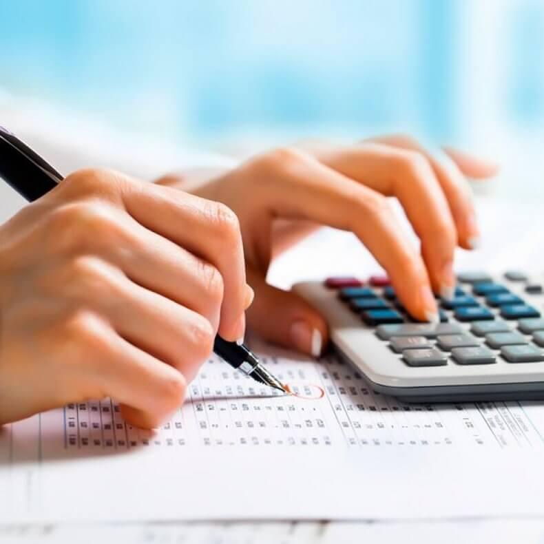 coeficientul de independență financiară k1 este definit ca raport)