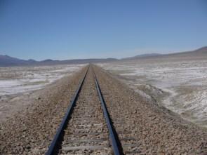 Train_line_to_Chilean_border_Salar_de_Uyuni_Bolivia.JPG