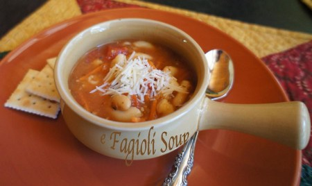 e fagoli soup bowl