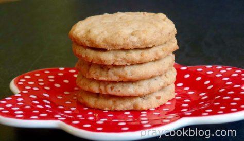 Aunt Jamie's Cookies