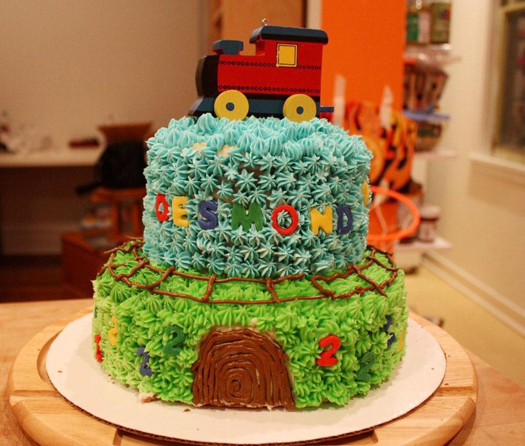 Desmonds Train Kroger Birthday Cakes Birthday Cake Cake