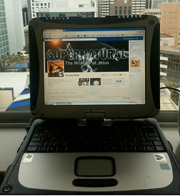 panasonic-toughbook-praying-medic