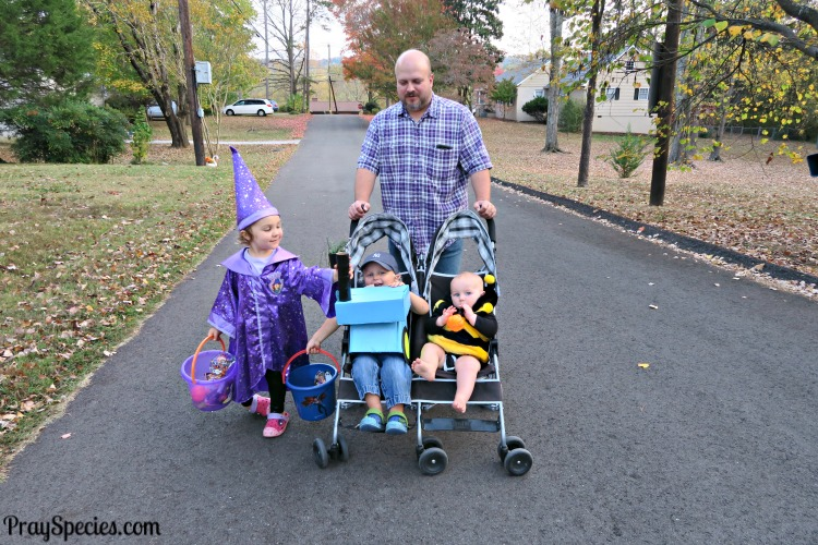 halloween-with-a-witch-a-tractor-and-a-bumble-bee
