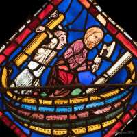 Doing What God Commands: The Noah Window at Chartres (6)