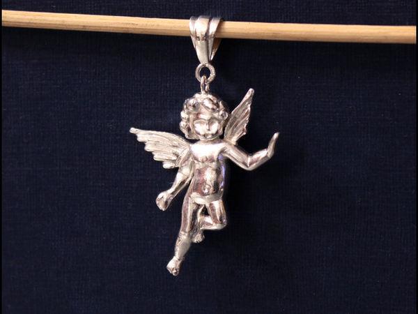 Кулон в виде ангела