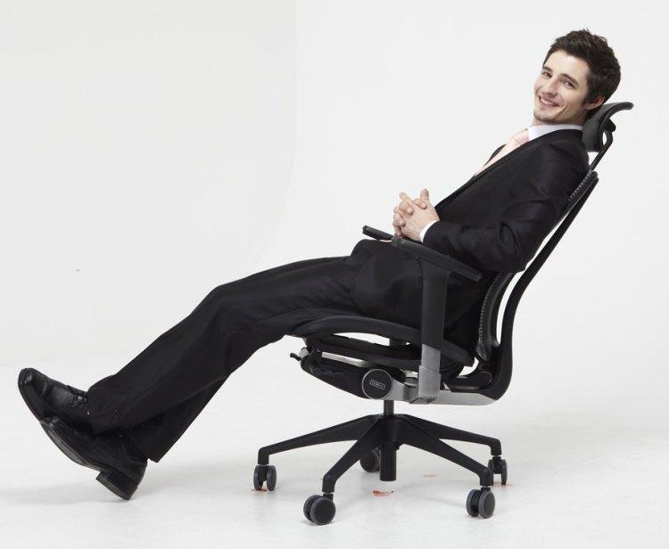 компьютерное кресло для мужа