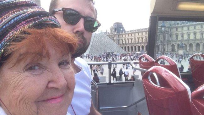 поездка в париж с бабушкой