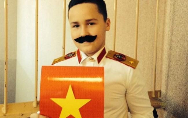 ученик в образе сталина