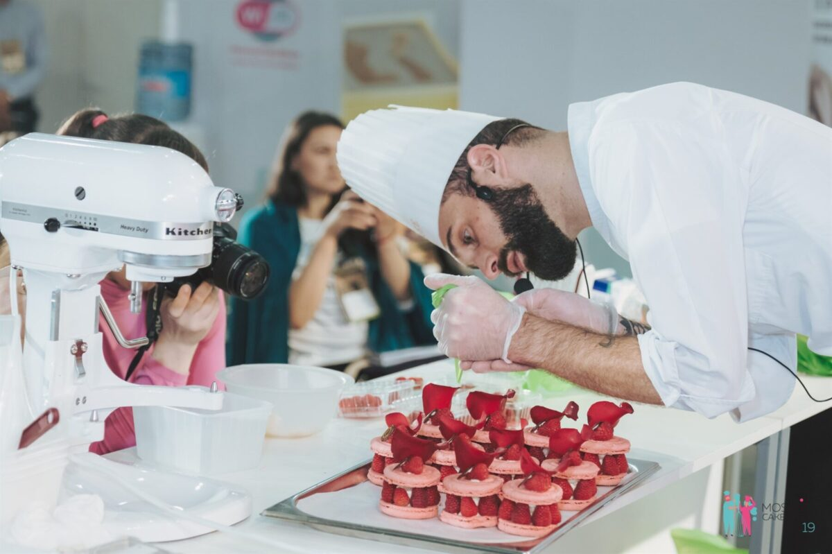 Moscow Cake Show