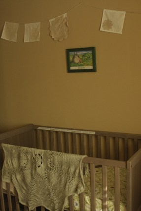 crib and blanket