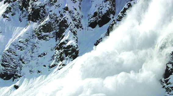 Bodies of two hunters buried under snow avalanche in Lolab recovered