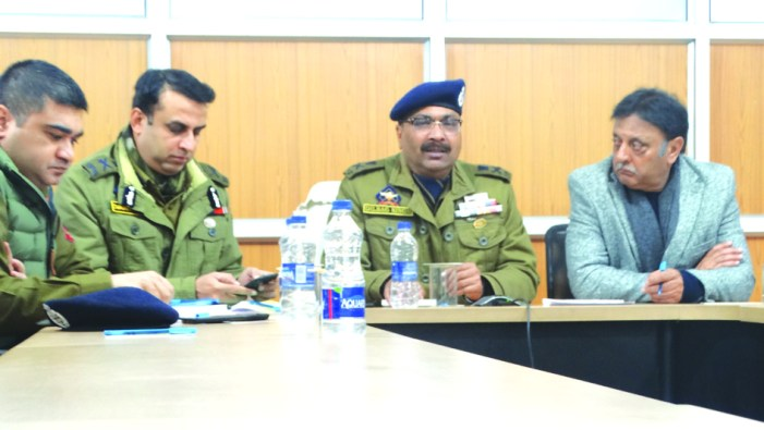 DGP chairs security review meeting in Srinagar