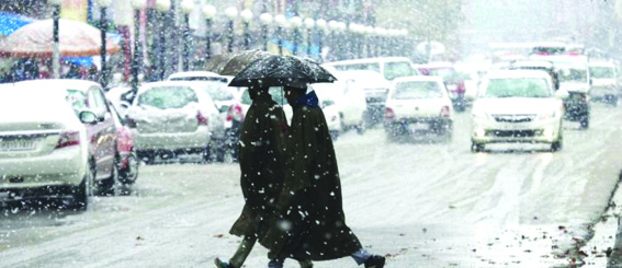 Rains, snow in JK likely to affect surface transport: Weatherman