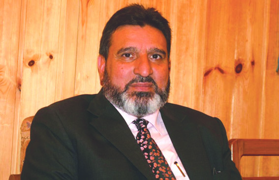 Altaf Bukhari demands interest subvention in J&K