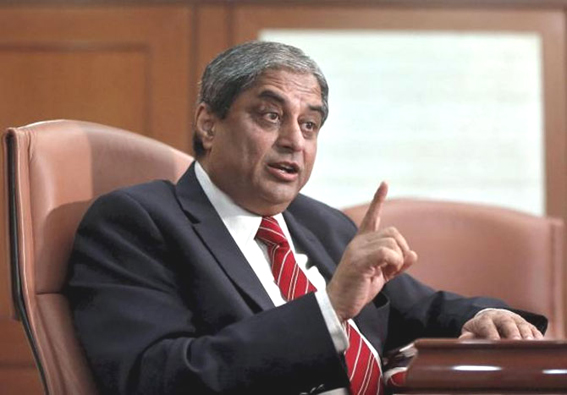 Aditya Puri conferred AIMA-JRD Tata Corporate Leadership Award