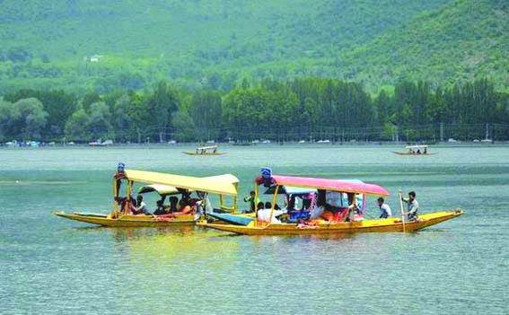 No Plan To Close Tourist Destinations In Kashmir: Dir Tourism