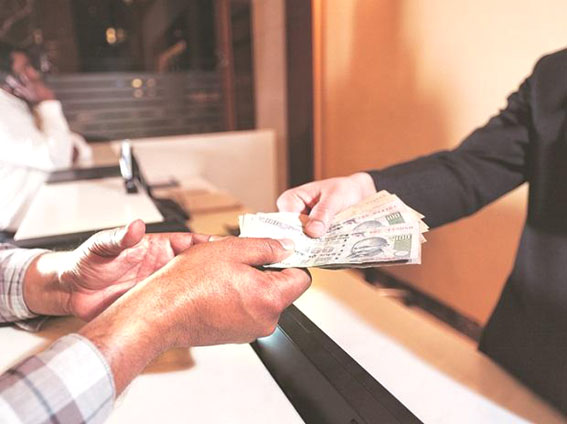 Banks still need to lend Rs 1 trillion to meet FY19 Mudra target: Govt data