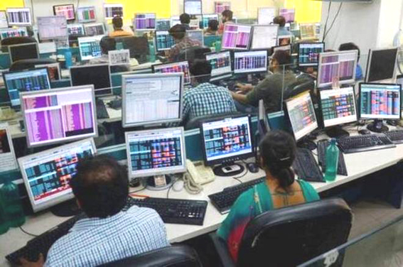 Market rallies for third straight day; Sensex jumps 216 points to close at 37752
