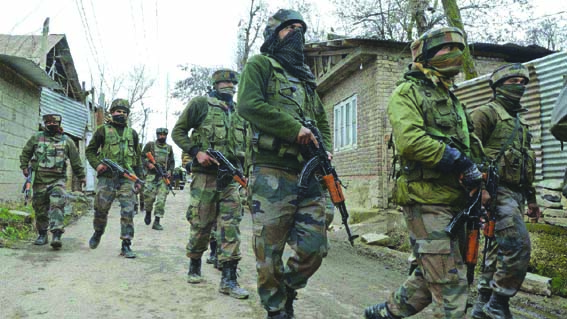 Militant killed in Shopian gunfight; shutdown, clashes in Sopore