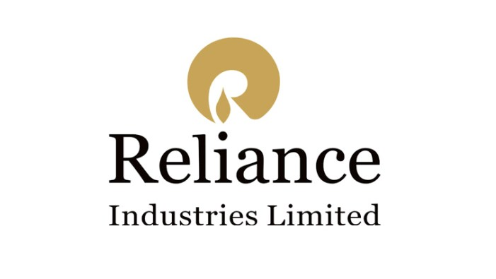 Reliance topples IOC to become biggest Indian company