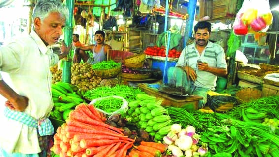 WPI inflation slips to 3.07% in April, prices of food articles remain high